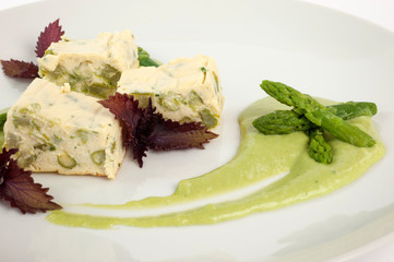 ricetta vegetariana agli asparagi