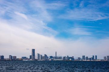 大黒ふ頭から見た横浜港