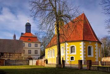 Lindenau Kirche und Torhaus - Lindenau church and palace