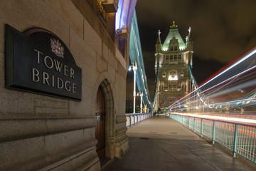 Tower Bridge à Noite, Londres
