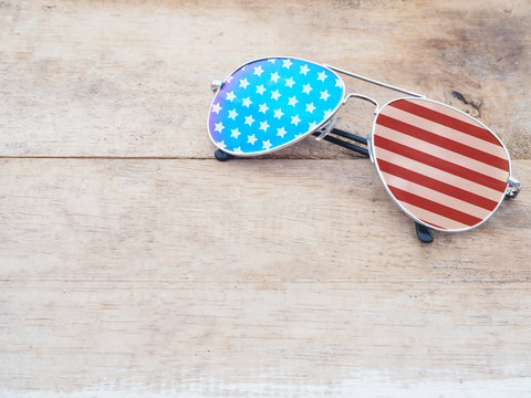 mirror sunglasses with american flag pattern