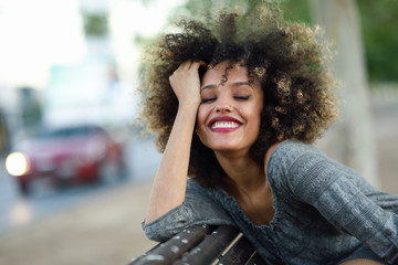 Resultado de imagem para black girl smiling