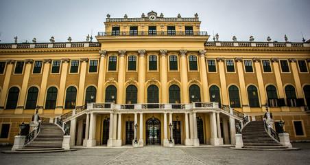 Hauptgebäude von Schloss Schönbrunn in Österreich, Wien, Vienna