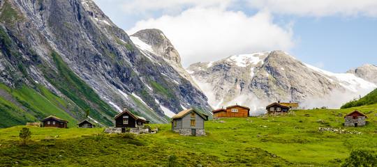 7 houses in Norway mountans