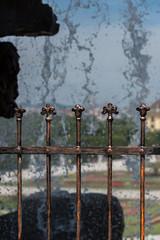 Neptunbrunnen im Hintergrund