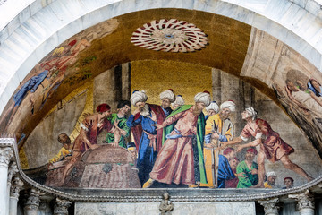 13th-century mosaic on the facade of the St Mark's Basilica depicting Alexandria's Muslim officials turning away at the sight of pork, used by Venetian merchants to hide the body of Saint Mark