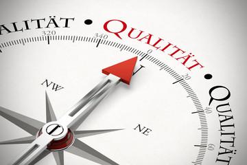 Kompass zeigt Richtung Qualität