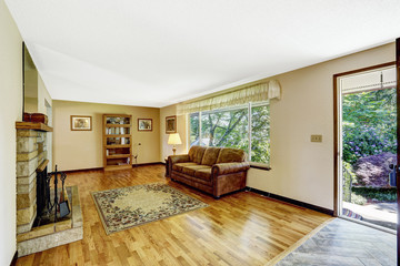 Old American house large living room interior with hardwood floor