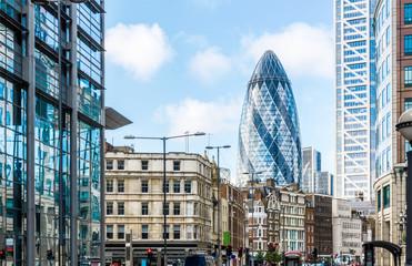 Foto op Aluminium Londen rode bus City View of London around Liverpool Street station