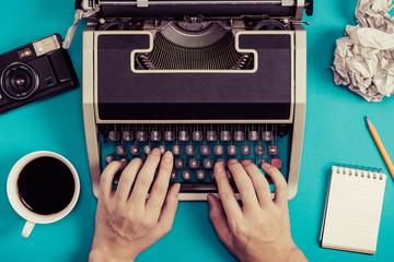 タイプライターとレトロビジネスイメージ