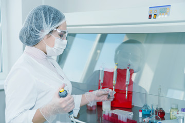 Woman scientist in a lab