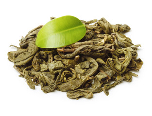Fototapete - Green tea with leaf isolated