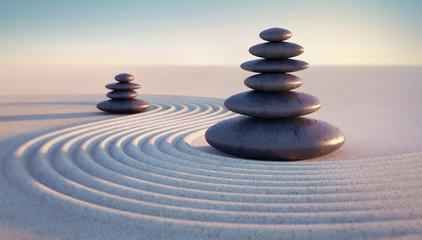 Türaufkleber Zen-Steine in den Sand Steintürme mit Sandwellen in Abendstimmung