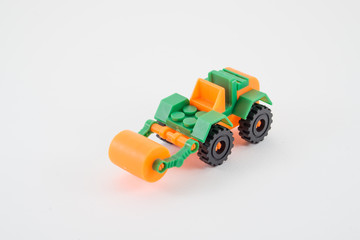 Isolate toy