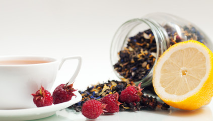 Tea and raspberries