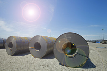 roll steel in harbor , Cold rolled steel coils