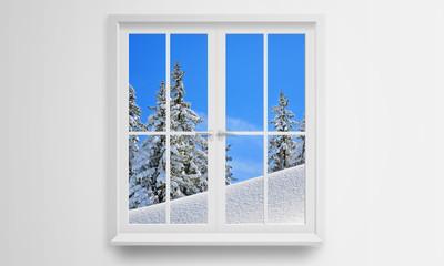 Spójrz przez okno na zimę i śnieg. Na zewnątrz jest zimno.