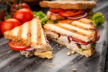 Papiers peints Snack Grilled chicken sandwich