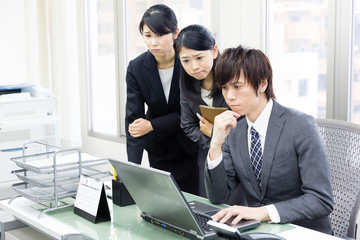 asian businesspeople working in the office