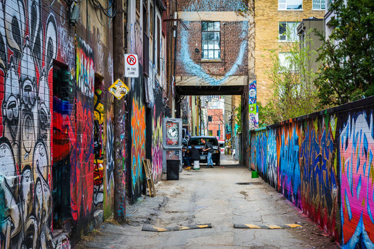 Colorful street art in Graffiti Alley, in the Fashion District o