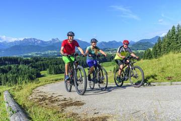 leicht und locker bergauf mit dem E-Bike