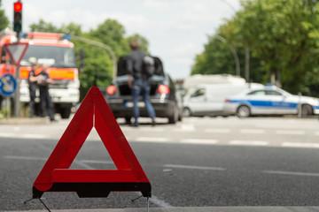 Warndreieck bei Unfall