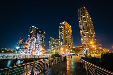 Walkway and Long Island City at night, seen from Gantry Plaza St