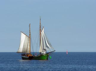 Oldtimersegelboot auf der Ostsee