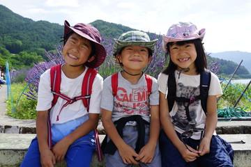 ラベンダー畑の子供達 河口湖 夏休み 三兄弟