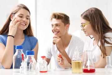 Chemia w liceum