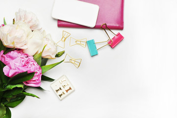 Styles stock photography | Product Mockup | Desktop | Peonies and gold | Office desktop |