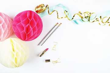 Party Styled Desktop Image | Styled Stock Photography | Product Mock up | Product Photography. Gold accessorie. Balls blush and yellow.