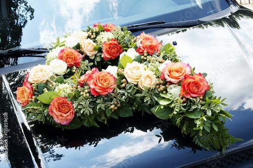 Wedding Flowers Hochzeit Blumenschmuck Blumen Herz Auto