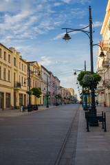 Fotomurales - Ulica Piotrkowska w łodzi, zabytkowe kamienice