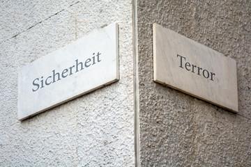 Schild 109 - Terror