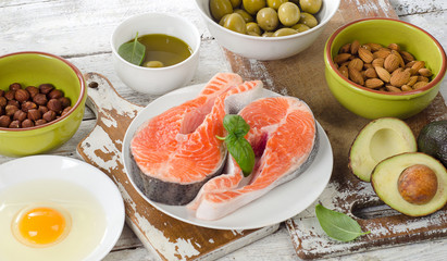 Food sources of unsaturated fats