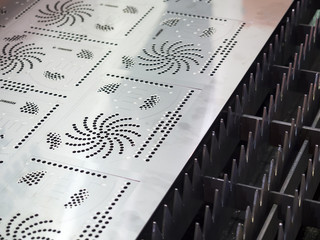 CNC gas cutting metal sheet