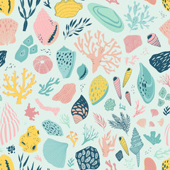 vector hand drawn seamless pattern with shells and corals