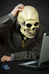 Monster thinks like him to enter internet