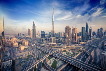 Photo sur Plexiglas Dubai Dubai skyline in the evening