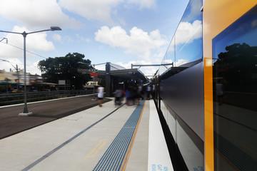 Fotobehang Treinstation Sydney city train platforms