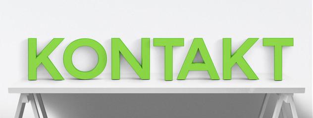 Kontakt - Buchstaben auf Bürotisch - Banner - frisches Grün