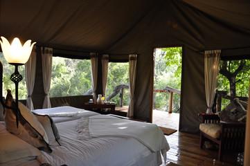 Ein Traum: Die Forest Lodge im Okavango-Delta in Botswana