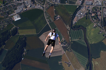 Funjump skydiving from 1200 ft over Norway