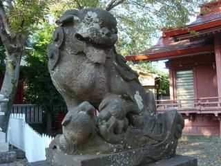 横浜市西区の浅間神社にある狛犬
