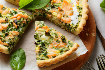 rustic salmon quiche with spinach