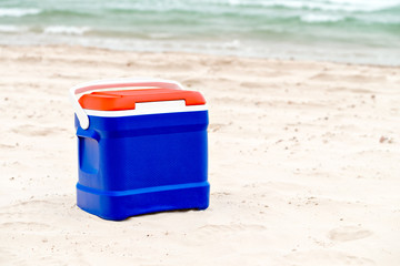 Cooler box in Australian Flag colors