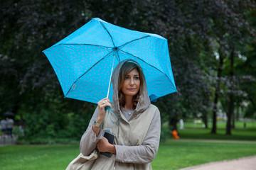 Donna nel parco a Oslo