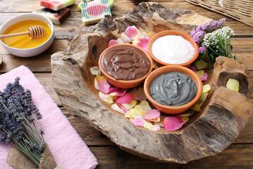 pulizia del corpo maschere fatte in casa per il trattamento del corpo