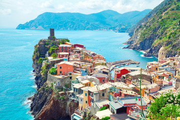 Italien Vernazza Ligurien Cinque Terre Häuser am Mittelmeer  Fototapete